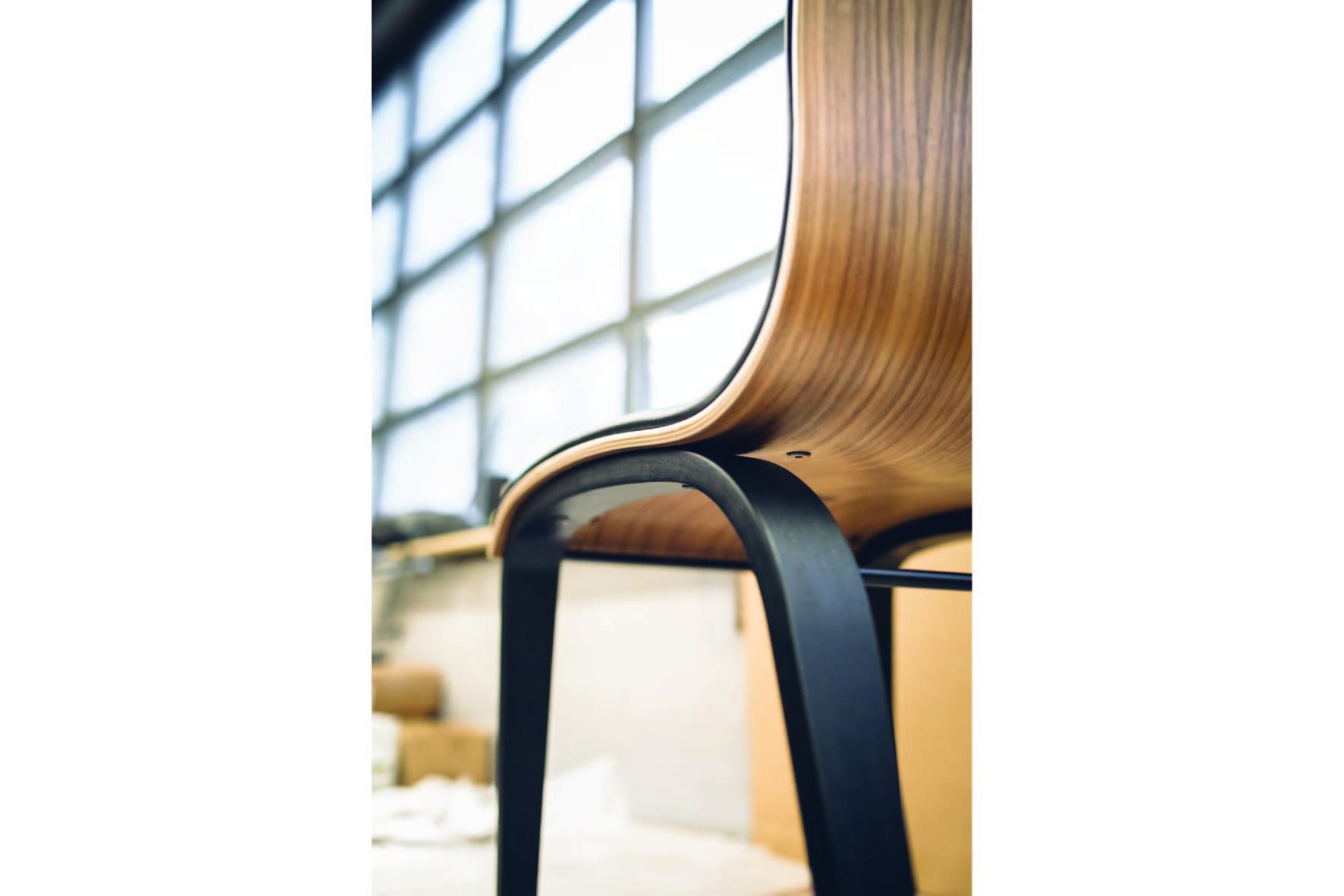 Dižozols bent wood design chairs (5)